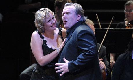 Anja Kampe and Simon O'Neill