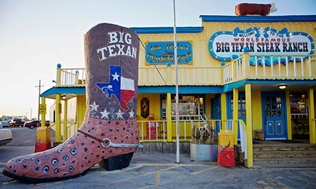 [Image: Giant-cowboy-boot-statue--008.jpg]