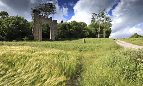 Great country walks: Slindon Folly, West Sussex