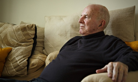 Poetry Notebook 2006-2014 review – Clive James's absorbing thoughts on verse