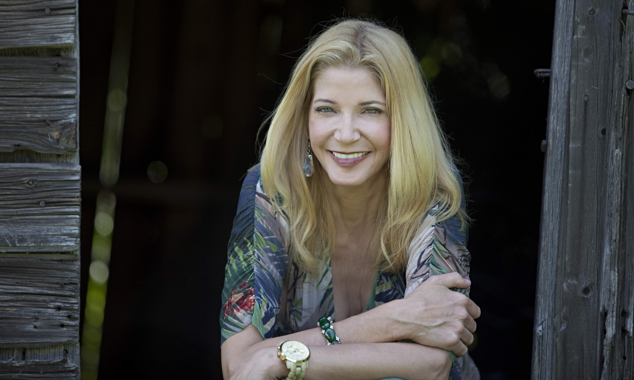 bushnell single girls When it comes to dating, women don't know what they want and with a laugh of triumph,  candace bushnell is the best-selling author of killing monica, .