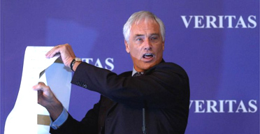 Robert Kilroy-Silk launches his new political party, Veritas