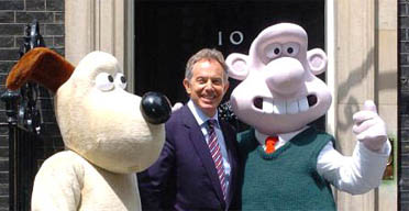 Tony Blair meets life-sized Wallace and Gromit characters outside 10 Downing Street