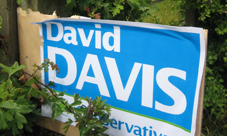 A sign promoting David Davis in the Haltemprice and Howden byelection on July 10 2008. Photograph: Martin Wainwright