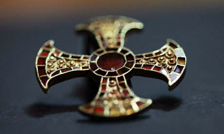 The gold cross found in the grave of the young Anglo-Saxon woman