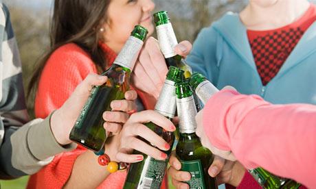 Шестнадцатилетние чехи. и... алкогольные напитки.  ESPAD. все чаще...