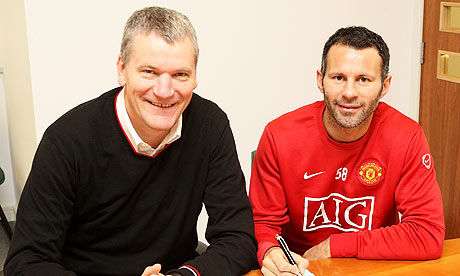 ryan giggs fotos. Ryan Giggs has signed a