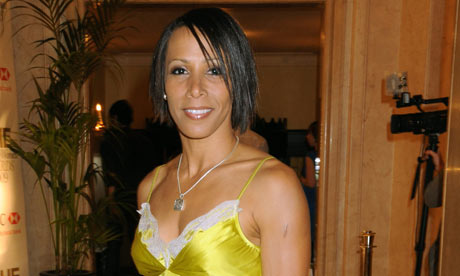 Kelly-Holmes-the-new-Comm-001.jpg