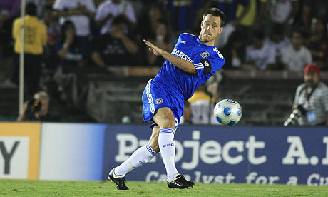 John Terry has decided to stay at Chelsea despite persistent interest from Manchester City