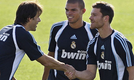 Xabi Alonso from Liverpool to Real Madrid: Could one transfer decide the outcome of the worlds top two leagues?