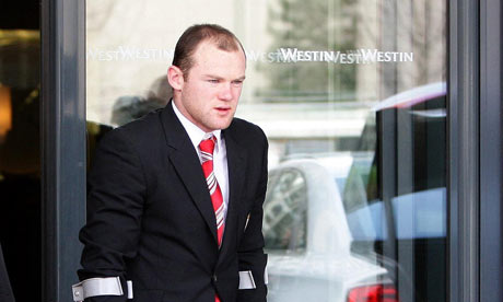 wayne rooney makeup. Wayne Rooney left Munich on