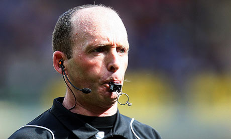Did referee Mike Dean celebrate Louis Saha's Tottenham goal v Arsenal?