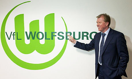 McClaren under pressure with Wolfsburg in freefall