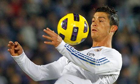 Halla Madrid Cristiano-Ronaldo-Real-Ma-007