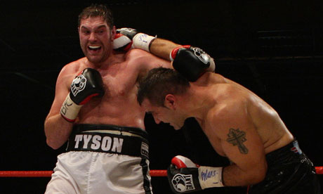 Tyson Fury swaps blows with Neven Pajkic