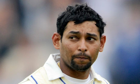 Sri Lanka's Tillakaratne Dilshan had to endure a painful innings at Lord's
