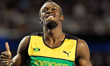 Usain Bolt celebrates winning the 200m in Daegu
