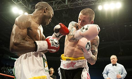 Ricky Burns fights Paulus Moses in Glasgow