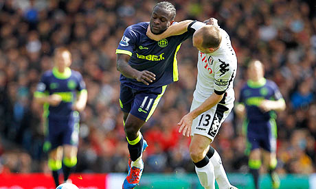 Fulham's Danny Murphy, right, and Wigan Athletic's Victor Moses