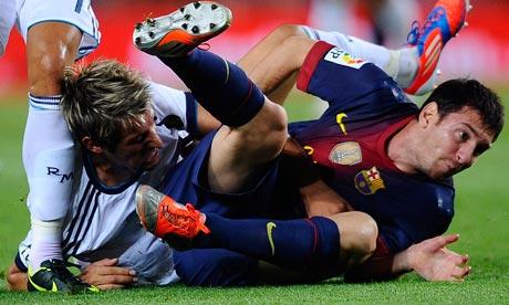 Lionel Messi, Fabio Coentrao
