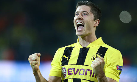 Arsene Wenger confirms on French TV that Robert Lewandowski has signed for Bayern Munich
