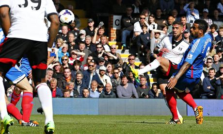 Fulham's Ashkan Dejagah scores the opening goal against Hull City in the Premier League at Craven Co