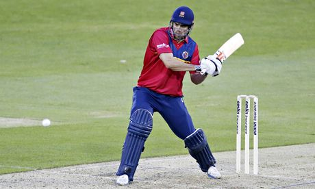 Essex's Alastair Cook in action against the Sri Lankans in a rain-curtailed 50 overs match at Chelms