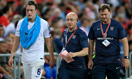 Phil Jones ruled out for month at Manchester United