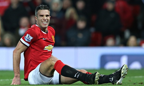 Robin van Persie set to miss Manchester United's visit to QPR through injury
