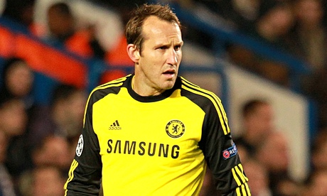 Leicester snap up Mark Schwarzer on free transfer from Chelsea