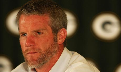 Brett Favre announces his