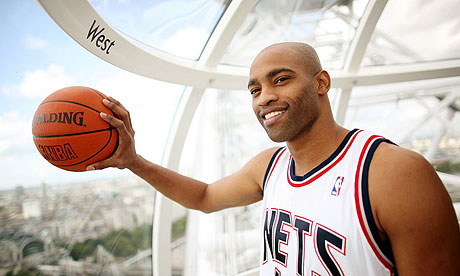 vince carter dunk nets. Vince Carter takes a trip on