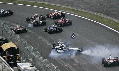 Antonio Pizzonia crashes at Interlagos
