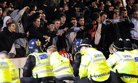 Manchester-United-fans-001.jpg