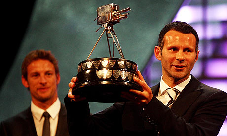 VIDEO: Manchester Uniteds Ryan Giggs wins BBC Sports Personality of the Year award