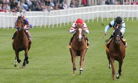 Horse Racing - Bet Chronicle City Day - Chester Racecourse