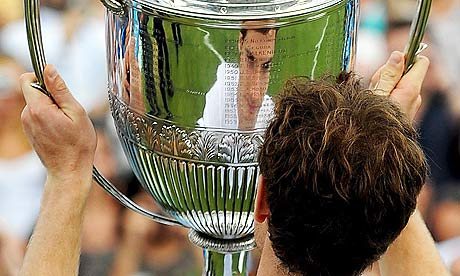 andy murray queens trophy. Andy Murray with the Queen#39;s