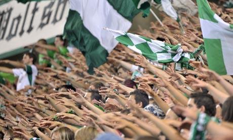 Wolfsburg-fans-001.jpg