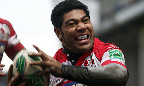 Lesley Vainikolo's contract with Gloucester is set to expire in May