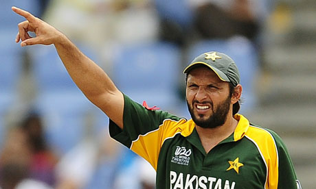 http://static.guim.co.uk/sys-images/Sport/Pix/pictures/2010/5/26/1274861214550/Pakistani-captain-Shahid--006.jpg