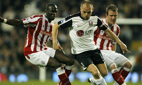 Fulham's English midfielder Danny Murphy