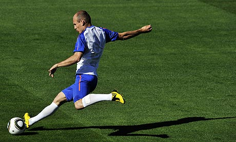 http://static.guim.co.uk/sys-images/Sport/Pix/pictures/2010/6/18/1276872297349/Arjen-Robben-006.jpg