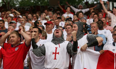 L'équipe national d'Angleterre. - Page 3 England-fans-006