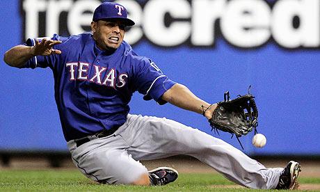 St Louis Cardinals edge World Series opener against Texas Rangers Texas-Rangers-right-field-005