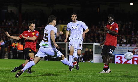 Michael Owen scores Manchester United's second goal against Aldershot