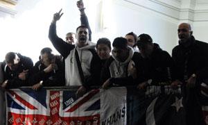 Amir Khan fans