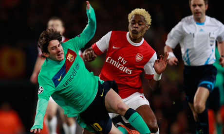 ��� ���� ������� ����� ���� Alex-Song-Arsenal-Me