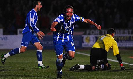 Brighton's Iñigo Calderón