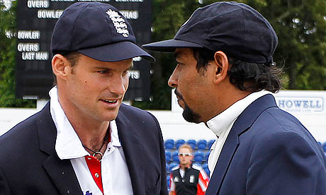 Andrew Strauss and Tillakaratne Dilshan