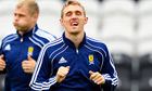 Sir Alex Ferguson urges Scotland to play Darren Fletcher